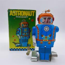 Neo Retro collector metal & plastic tin Robot - Astronaut robot -