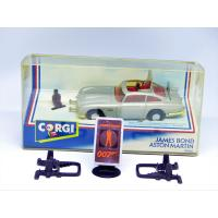 James Bond-Aston Martin-Corgi toys