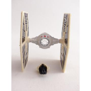 https://tanagra.fr/3608-thickbox/star-wars-tie-fighter-dark-vador-kenner-die-cast-metal-en-loose.jpg