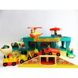 Fisher Price 934 - Airport - Play faily -  retro toys