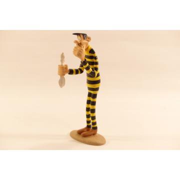 https://tanagra.fr/90-thickbox/figurine-avrell-dalton-en-bagnard-resine.jpg